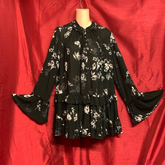 Free People Dresses & Skirts - Free People Button Down Floral Dress Size Small